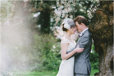 Weeping willow wedding portraits.